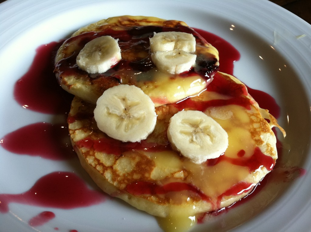 Healthy Ricotta Lemon Pancakes with Bananas & Blackberries